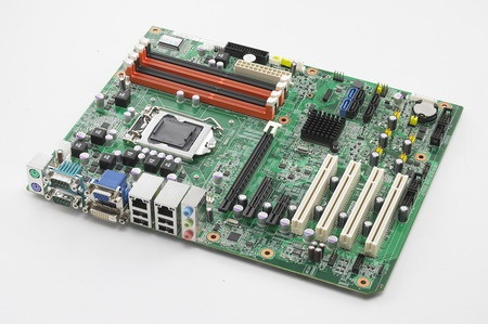 ATX motherboard with 4x PCI; 1x PCIex16; 1x PCIex4; 1x PCIex1 expansion slots and 2nd Gen Core processor with Intel Q67 chipset